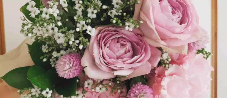 ホワイトデーにロマンティックな花束を
